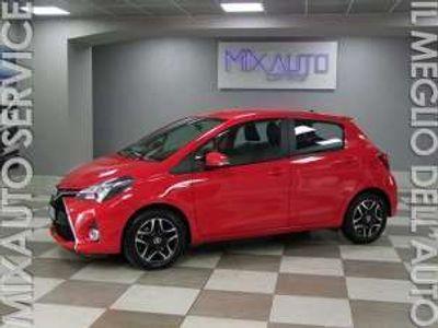 usata Toyota Yaris Hybrid 1.5 75cv 5 Porte Active AUT Navi BT EU6