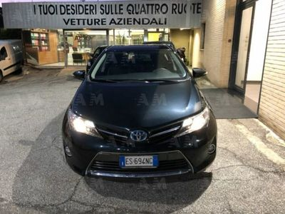 second-hand Toyota Auris Hybrid 5 porte Active usato