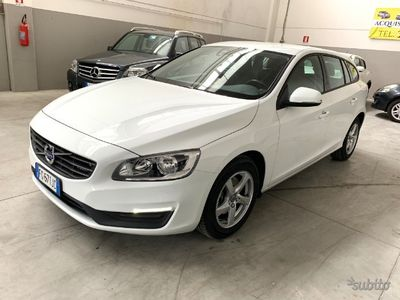 brugt Volvo V60 1.6 D2 Momentum ( Nuova ) - 2017