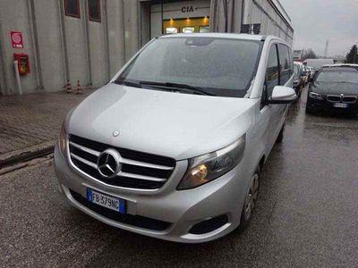 usata Mercedes V220 CDI Sport Extralong 8 POSTI Doppio clima +gomme