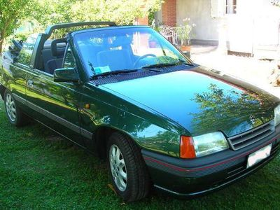 usata Opel Kadett Cabrio Bertone 1400