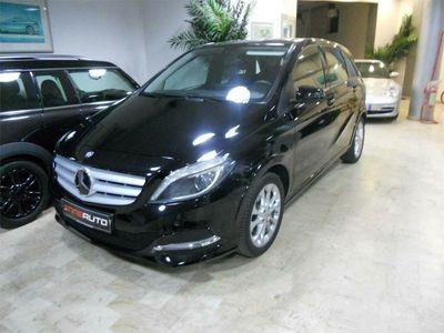 usata Mercedes B200 c al volante/p