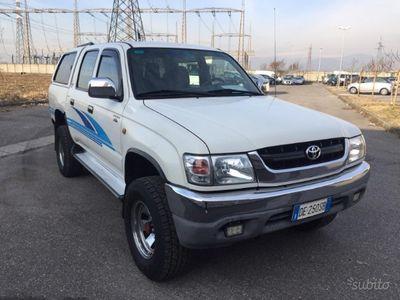 usata Toyota HiLux 2.5 diesel / metano 75 kw anno 2003