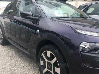 usata Citroën C4 Cactus BlueHDi 100 S&S Shine del 2018 usata a Crotone