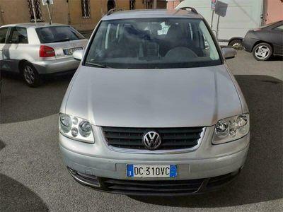 usata VW Touran 1.9 TDI 105CV DSG Trendline