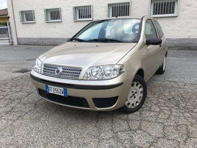 begagnad Fiat Punto 1.2BENZ OK NEOPATENTATI