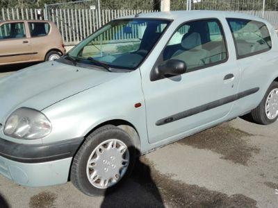 brugt Renault Clio 1.2 benz