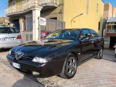 usata Alfa Romeo 2000 166 2.4 JTD Distinctive