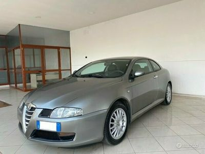 usata Alfa Romeo GT mjt 16 v distinctive 2004 perfetta