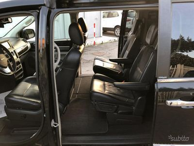 usata Chrysler Grand Voyager g.v. permute,bollo,2cerchi,tagl,leggi