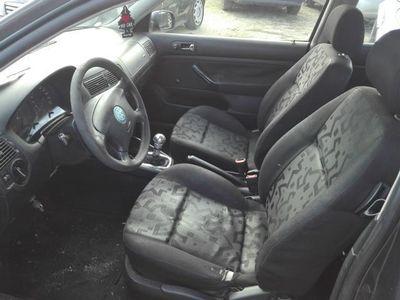 usata VW Golf 1.9 tdi/110 cv cat 3p.