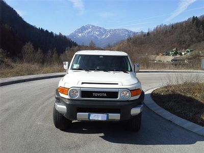 used Toyota FJ Cruiser 2010