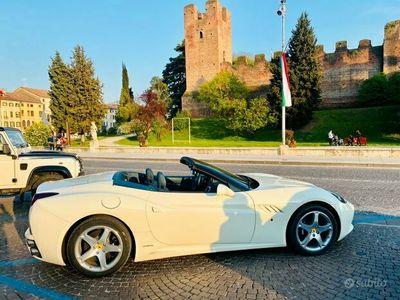 usata Ferrari California DCT (PERMUTO)
