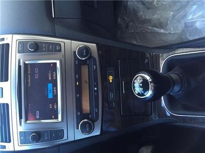 usata Toyota Avensis 2.0 D-4D Wagon Lounge