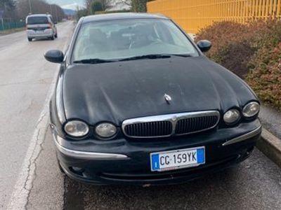 usata Jaguar X-type 2.1 V6 con impianto a metano