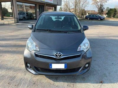 brugt Toyota Verso-S Verso-S1.4D MMT Style NEOPATENTATI