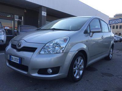 usata Toyota Corolla Verso 2.2 16V D-4D Sol