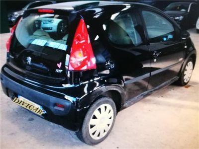 usata Peugeot 107 1.0 PLASIR 5 PORTE NEOPATENTATI