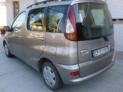 usado Toyota Yaris Verso 1.4 d-4d