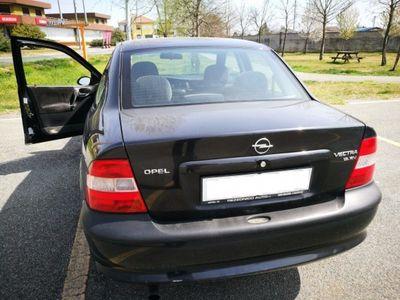 usado Opel Vectra Vectra 1.8i 16V cat 5 porte CD1.8i 16V cat 5 porte CD
