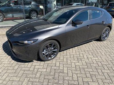 """usata Mazda 3 5-türig D-116 At Leder Navi Led 18"""""""" Bose"""