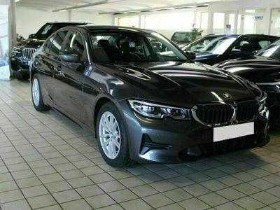 usata BMW 320 d Business Advantage Aut. Navi/clima