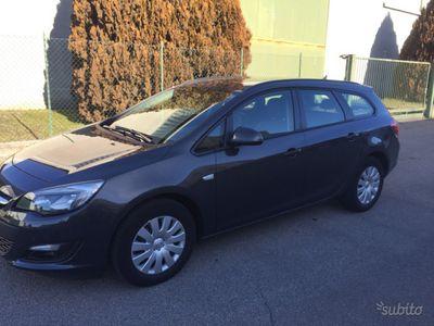 usata Opel Astra 1.6 cdti navigatotore 2015