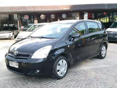 usata Toyota Corolla Verso 2.0 16V D-4d SOL 116000 km