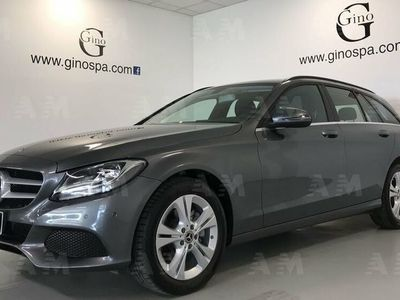 używany Mercedes 220 Classe C Station Wagond Auto Business del 2018 usata a Cuneo