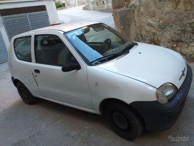 begagnad Fiat 600 - 2006