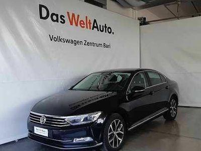usata VW Passat 2.0 TDI DSG Executive BlueMotion Technology del 2016 usata a Bari