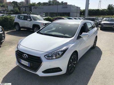 usata Hyundai i40 Wagon 1.7 CRDi 141 CV 7DCT Business CAMBIO AUTOMAT