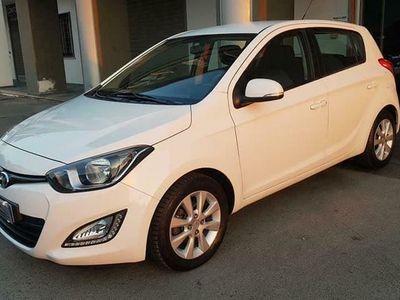 usata Hyundai i20 1.1 CRDI DIESEL 75CV ANNO 08/2012 KM 160000 UNIPROPR+NAVI+