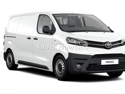 używany Toyota Proace 1.6L Diesel (115 CV) Medium porta singola Medium 10Q Comfort