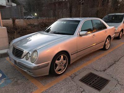 usado Mercedes E270 cdi Avangrade