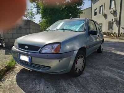 usata Ford Fiesta 1.2 16V 2001