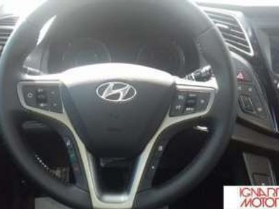 usata Hyundai i40 WAGON 1.7CRDI 141CV BUSINESS DCT Diesel