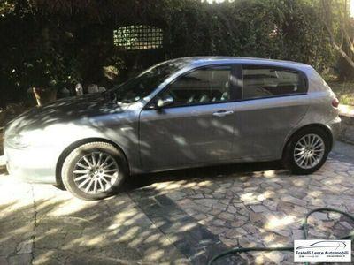 usata Alfa Romeo 147 1.9 JTD (120) 5 porte Progression del 2005 usata a Cassano allo Ionio