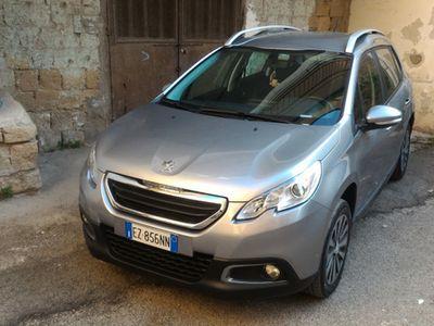 begagnad Peugeot 2008 - incluso passaggio