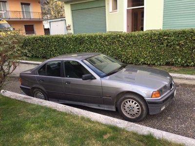 usata BMW 320 Serie 3 (E36) 24V cat 4 porte