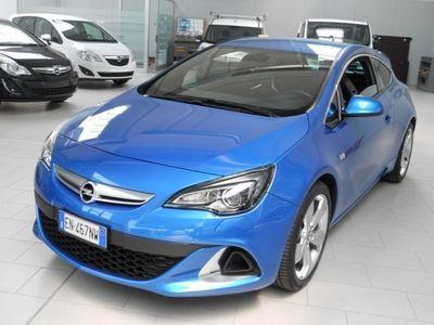 usata Opel Astra GTC 2.0 T 280CV S&S 3p. OPC