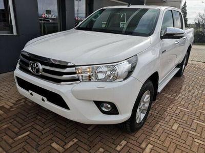 usata Toyota HiLux 2.4 D-4D 4WD 4 porte Double Cab Lou