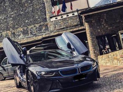 begagnad BMW i8 full optional