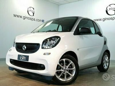 usata Smart ForTwo Coupé 1.0 Youngster 71cv c/S.S.