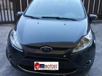 usata Ford Fiesta 1.4 tdci 68cv 5p. titanium diesel due volumi