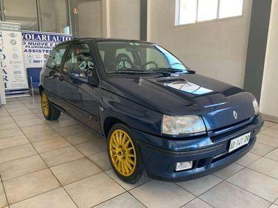 usata Renault Clio 1.8i 16 VALVOLE