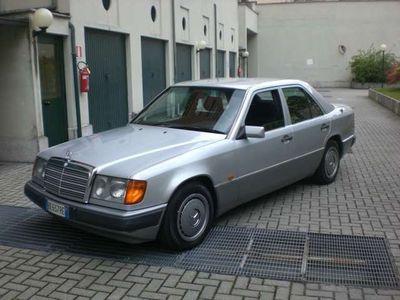 usata Mercedes E200 16V GPL!!!