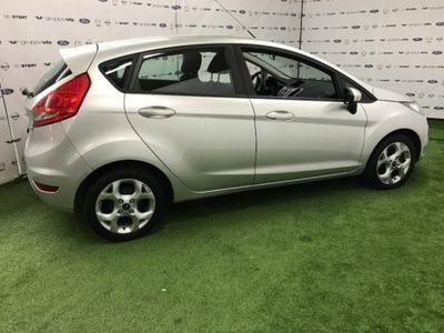 usata Ford Fiesta Ikon 1.4 TDCi 70CV 5 porte del 2012 usata a Saronno