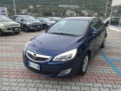 usata Opel Astra 1.6 115CV 5 porte Elective del 2011 usata a Albenga