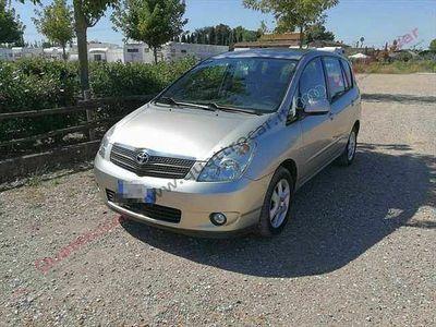 used Toyota Corolla Verso 1.6 16V del 2003 usata a Pistoia